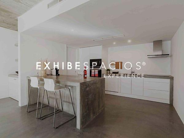 Reforma de piso en Barcelona Gràcia y cocina de diseño moderno