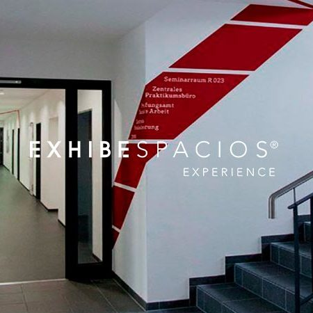 PINTURA DE ESCALERA COMUNITARIA EN BARCELONA VINILOS Y NÚMEROS PLANTA GRANDES pintores de comunidades, pintar escalera comunidad vecinos en Barcelona Ronda Sant Antoni PROYECTO Y PRESUPUESTO DE REFORMA DE VESTÍBULO EN BARCELONA EXHIBESPACIOS PINTURA DE CARPINTERÍA DE MADERA EN COMUNIDADES DE VECINOS