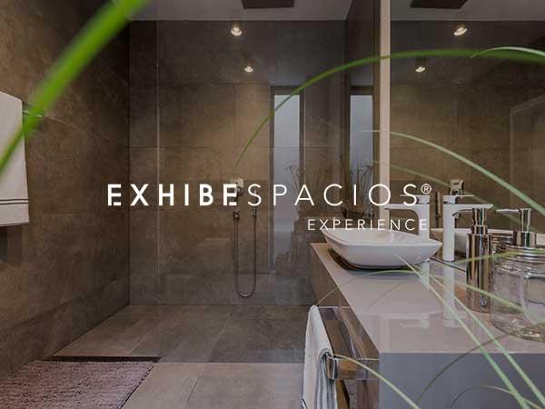 REFORMAS BAÑOS DE DISEÑO MODERNO EN BARCELONA reformas de baños en Barcelona y aseos, de diseño REFORMAS BAÑOS DE DISEÑO MODERNO EN BARCELONA reformas de baños en Barcelona y aseos, de diseño moderno, grandes y pequeños, cuarto de baño de cortesía en pisos y viviendas blanco y ducha gris