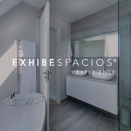 REFORMAS BAÑOS DE DISEÑO MODERNO EN BARCELONA reformas de baños en Barcelona y aseos, de diseño REFORMAS BAÑOS DE DISEÑO MODERNO EN BARCELONA reformas de baños en Barcelona y aseos, de diseño moderno, grandes y pequeños, cuarto de baño de cortesía en pisos y viviendas blanco y gris