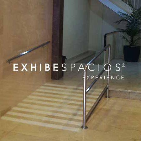 barandillas de acero inoxidable para rampa y escaleras en en comunidades de vecinos, vestíbulos y escaleras comunitarias en Barcelona