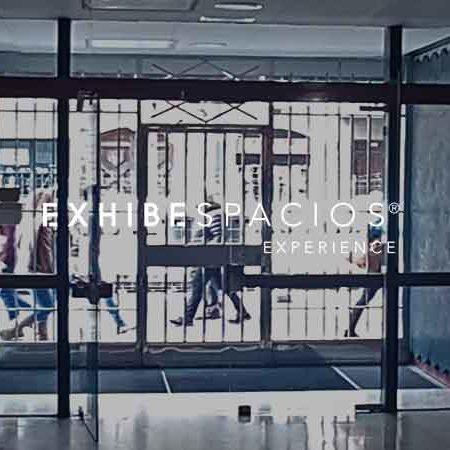 presupuesto puerta de entrada en vestíbulo de comunidad en Barcelona puerta de cristal y acero inoxidable